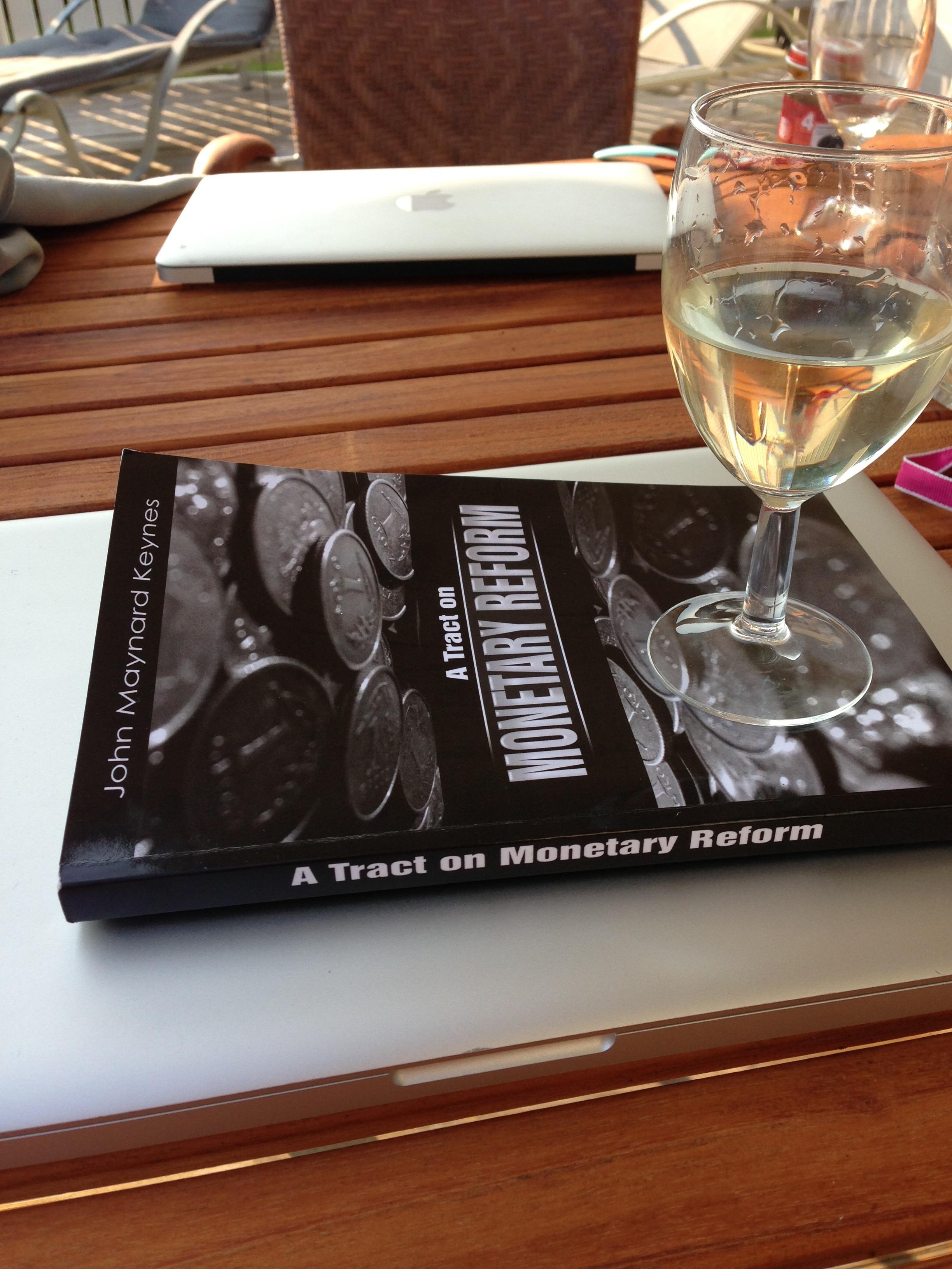 Tract white wine